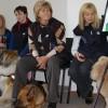 Terapiniai šunys iš Daugpilio, centre – A.Nackeviča su vokiečių aviganiu